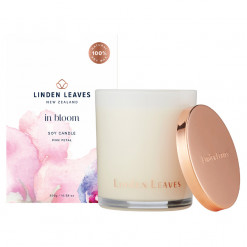 Linden Leaves pink petal fragranced candle